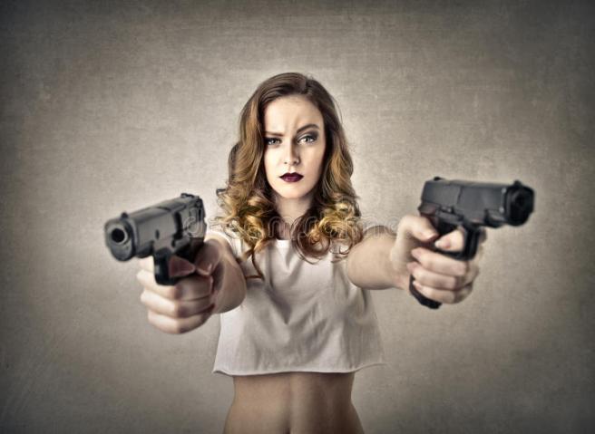 woman-guns-37961155