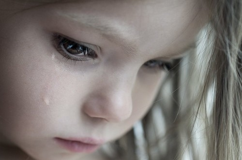 sad-little-girl-crying